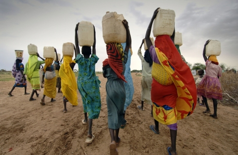 carrying-water, Irish Aid