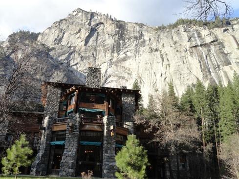 Ahwahnee Hotel Yosemite Valley April 2012, mpr