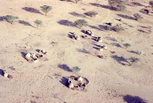 Turkana camps, low density in a desert, Dr. Melanie Renfrew, Kenya