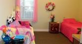 Mom's pink room, G.L.