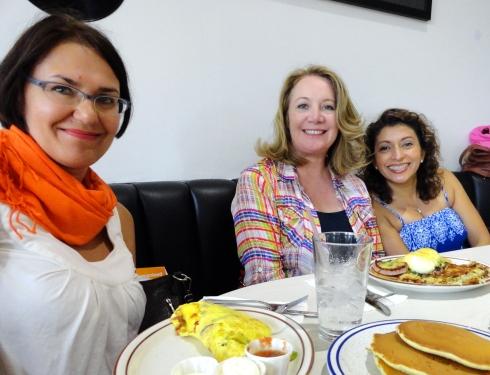Heidi, Sandra, Yvonne, 7-27-14 Dinah's
