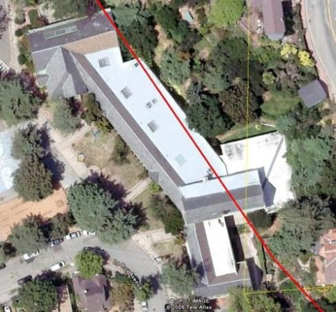 hillside-elementary-school-google-earth-image, red line is Hayward Fault