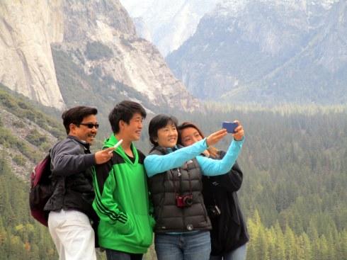Family taking selfie, Yosemite MMPRenfrew, 4-6-15