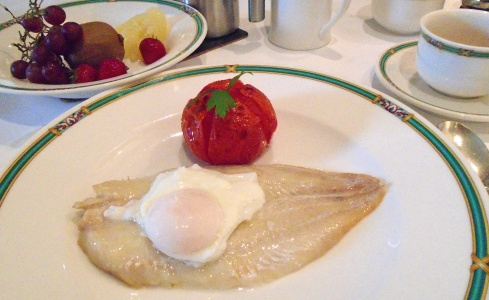 Glenfinnan Prince's House breakfast 2, 7-12-15