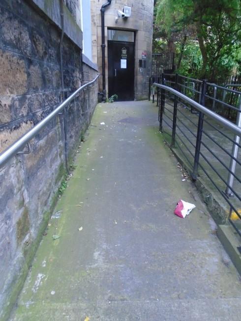 James Earl Court entyway, littered, Edinburgh
