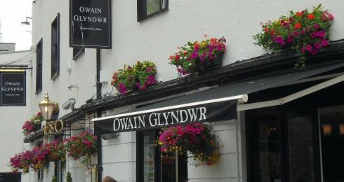 Owain Glyndwr, Cardiff