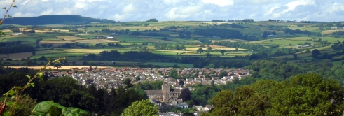 View of Brecon from top of hill, MP Renfrew 7-5-15