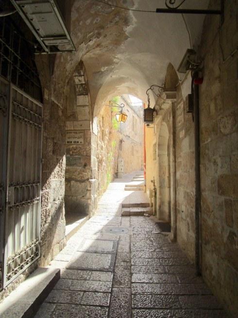 Empty Old City Jerusalem, Fri. 4 p.m. 6-23-16 MP Renfrew 13