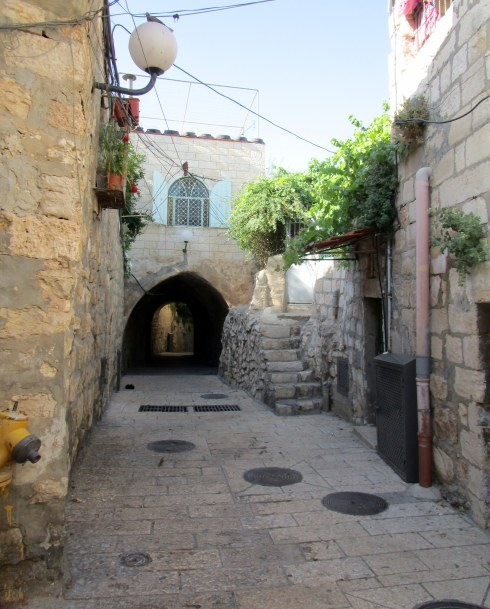 Empty Old City Jerusalem, Fri. 4 p.m. 6-23-16 MP Renfrew 8