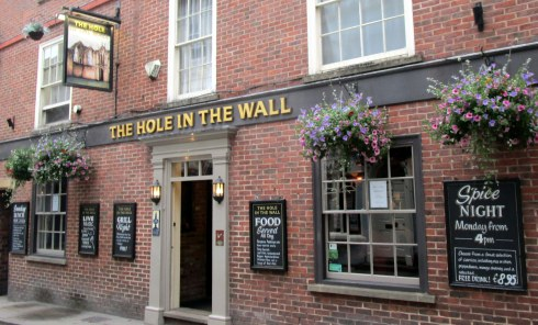 Hole in the Wall pub York, MP Renfrew 6-16