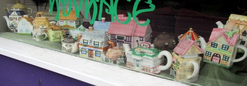 Newtonmore window teapots, June 2016, MPR