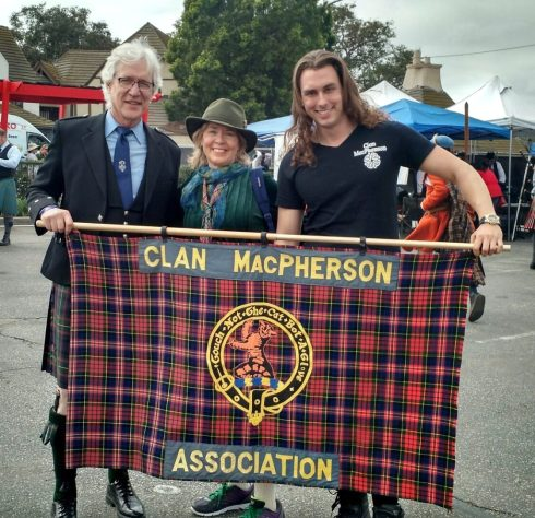 rod-melanie-andrew-2017-macpherson-reps-bagpipe-grand-parade-queen-mary-scotsfest
